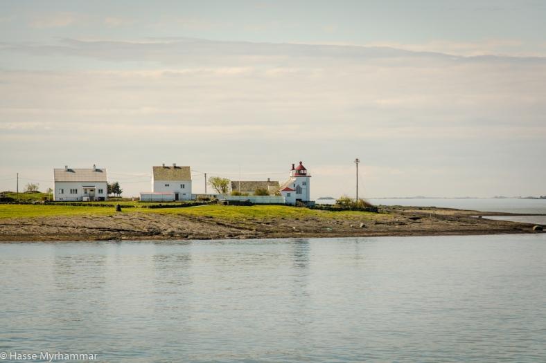 Tungnes fyr på vägen ut mot Kvitsøy